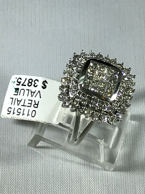 14k White Gold Ring with Diamonds - 4