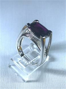 14k White Gold Ring with Diamonds and African Amethyst