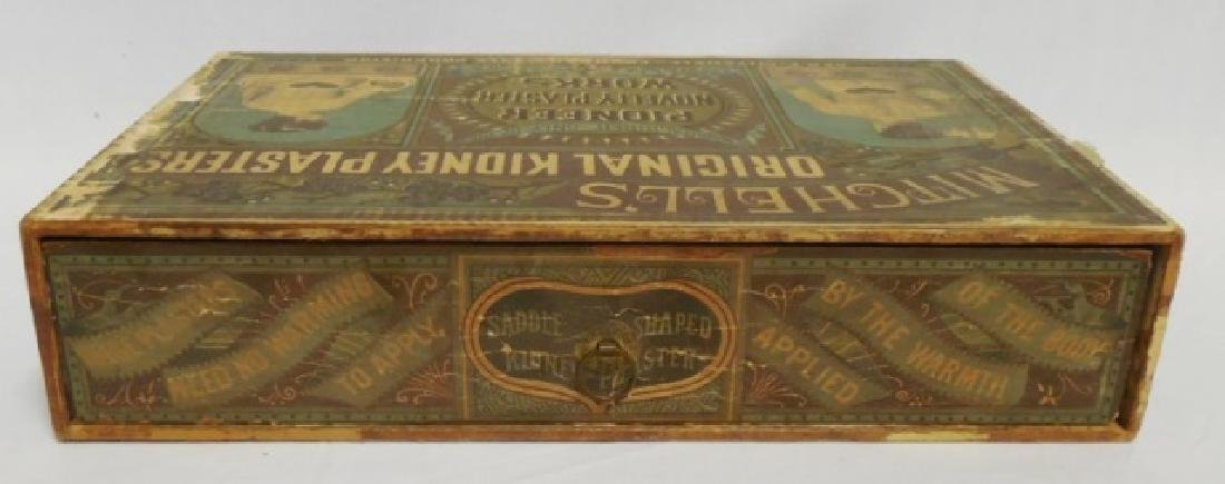 """""""Kidney Plasters"""" Wooden Box with Drawer - 4"""