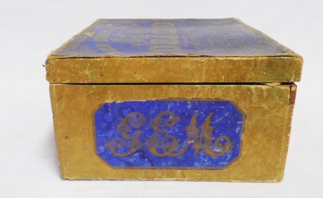 Tobacco Box with Lid - 6