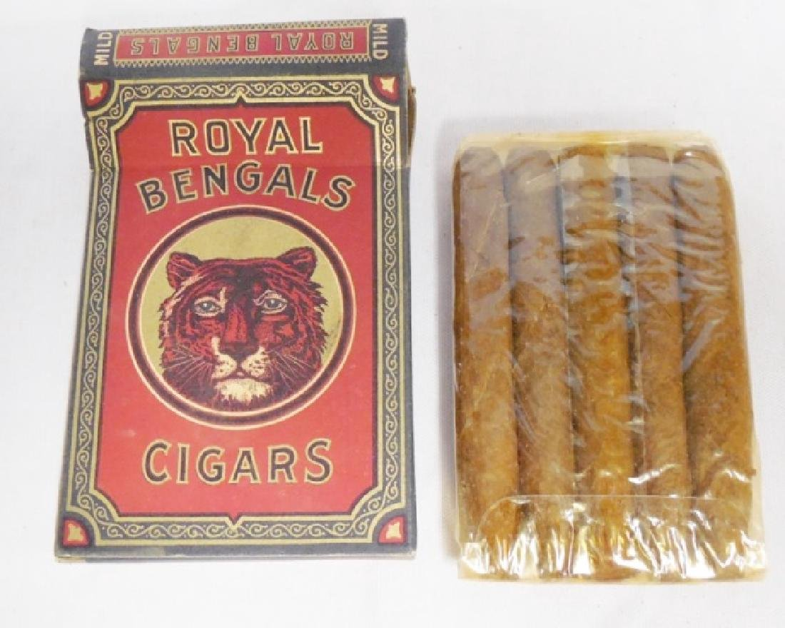 Lot of 4 Assorted Tobacco Related Items - 3