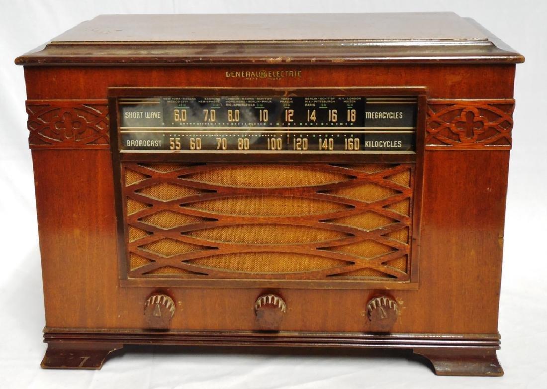 General Electric Short Wave Radio
