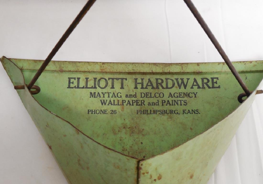"Tin ""Elliot Hardware"" Dustpan - 3"