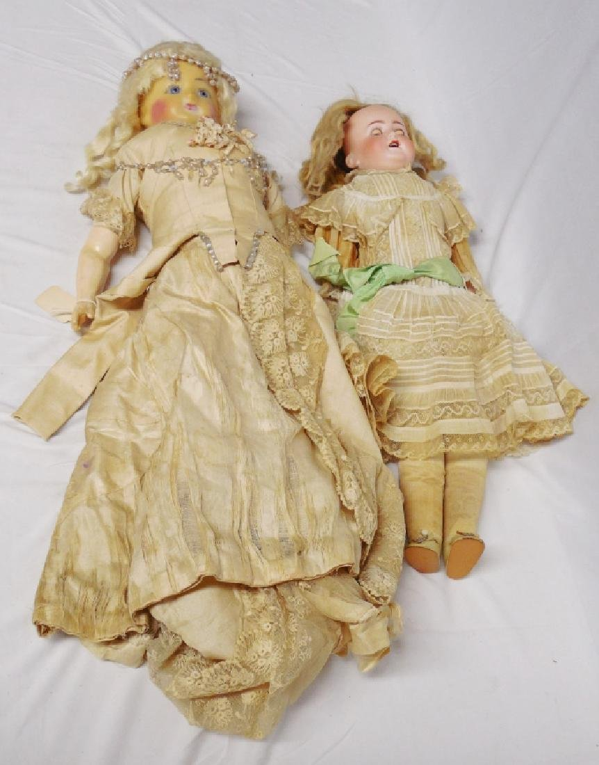 Lot of 2 Dolls