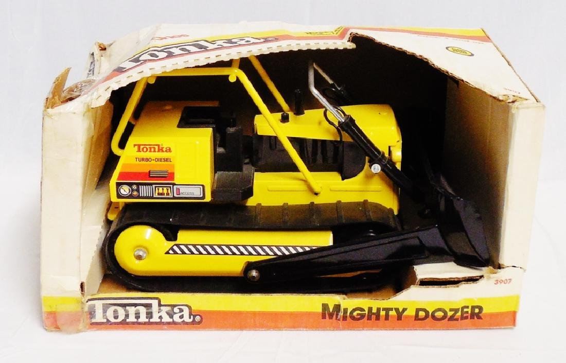 Pressed Steel Tonka Mighty Dozer 3907