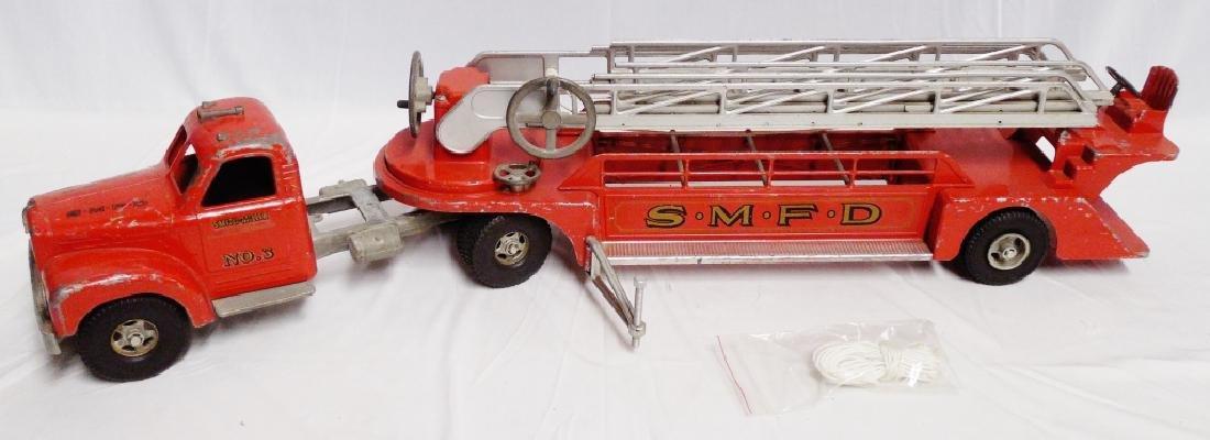 Smith Miller Smitty Toy Mack SMFD No.3 Fire Truck