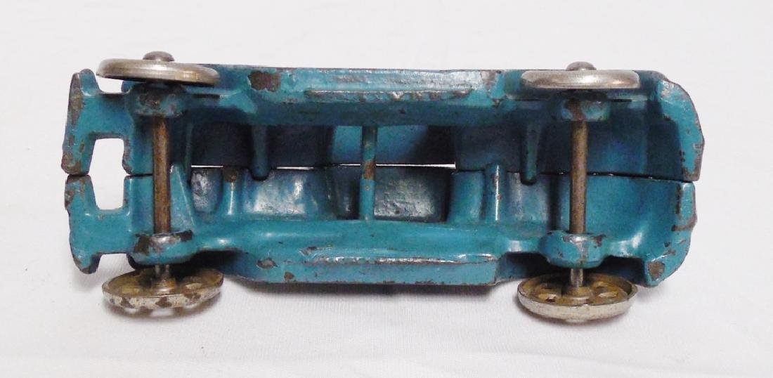 Cast Iron Toy Car with Metal Wheels - 3