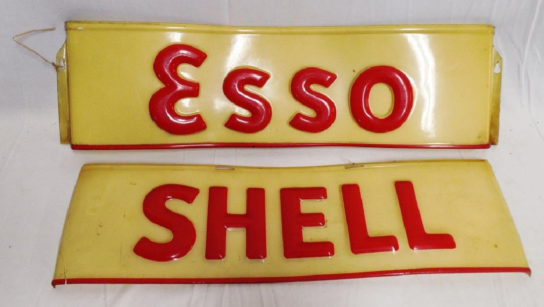 Lot of 2 Plastic Signs Esso and Shell