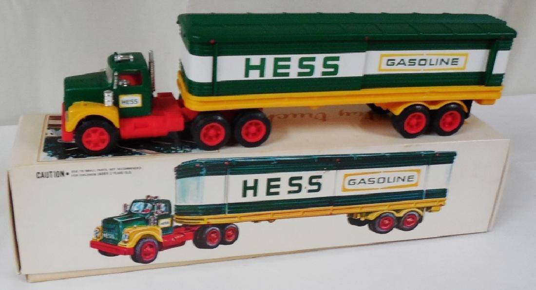 1975? Hess Truck Box Trailer