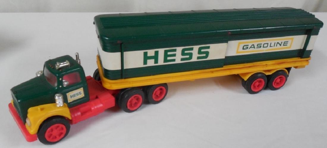 1975? Hess Truck w/ Box Trailer and Barrels