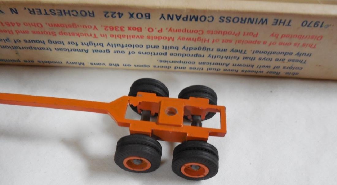 Winross Early Log Truck w/ Box - 2