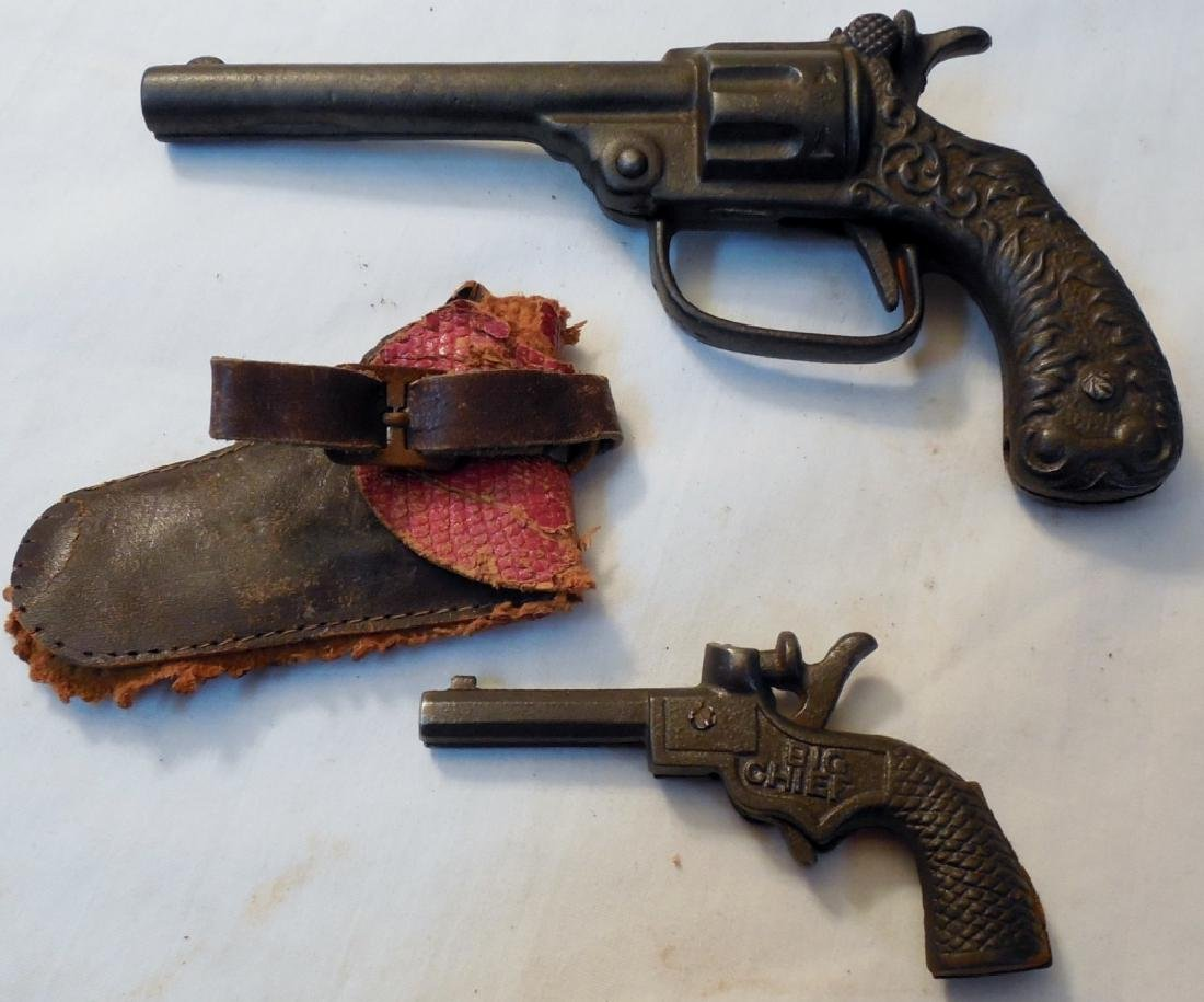 Big Chief Cap Gun & Holster & Early Cast Cap Gun