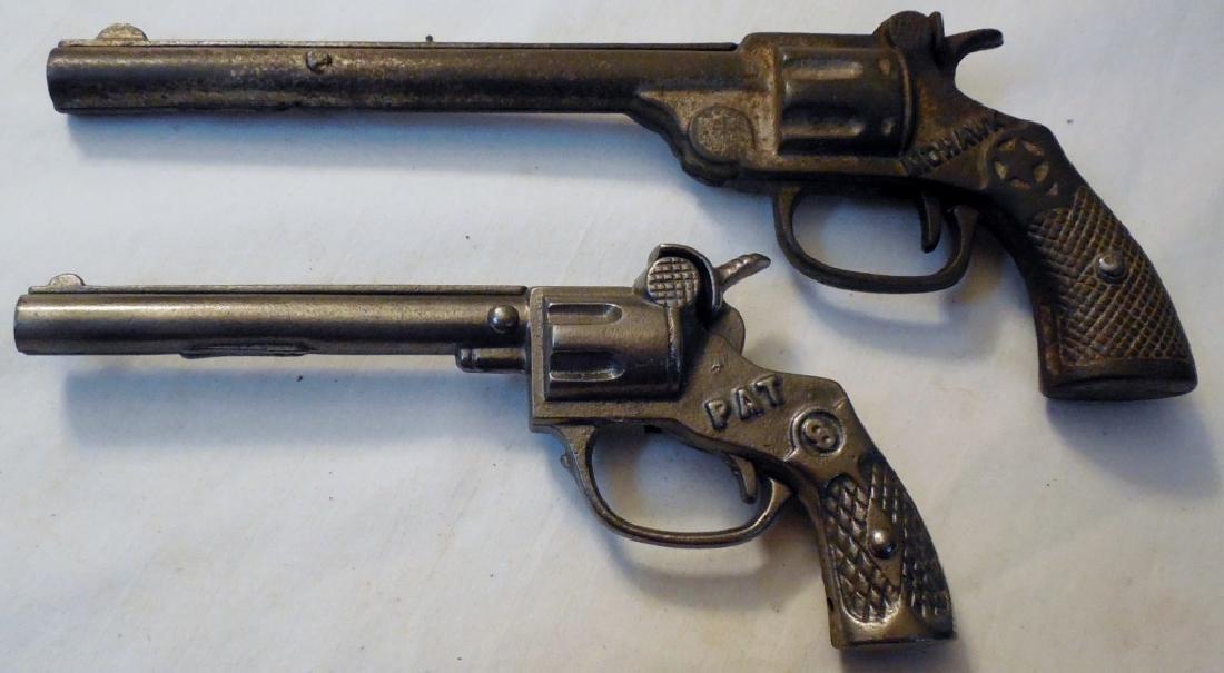 Lot of 2 Cap Guns, Mohawk & SW - 2