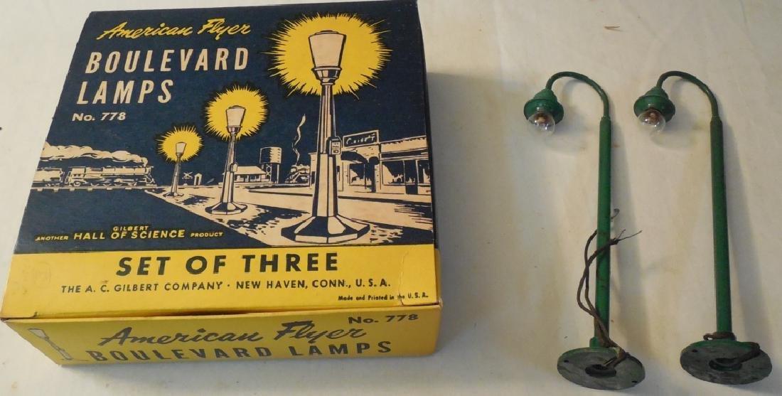 American Flyer Boulevard Lamps w/ Box