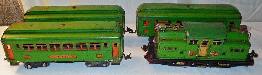 Lionel 318E Standard Gauge Engine & Cars