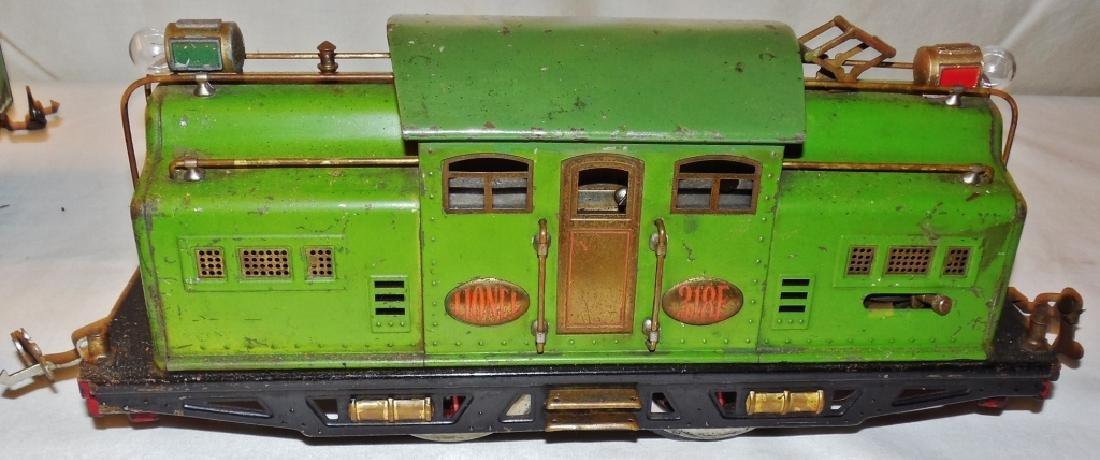 Lionel 318E Standard Gauge Engine & Cars - 4