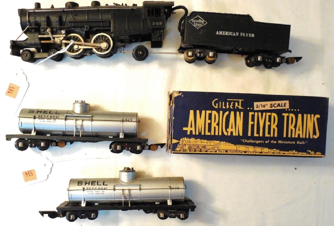 American Flyer Engine & 2 Tank Cars