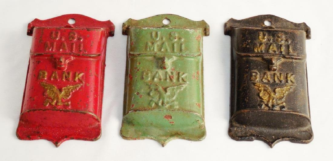 Lot of 3 Banks
