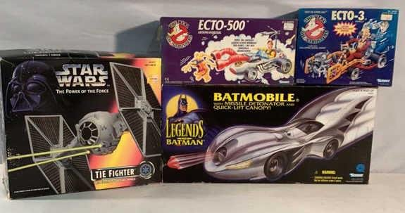 Lot of 4 Action figures and vehicles