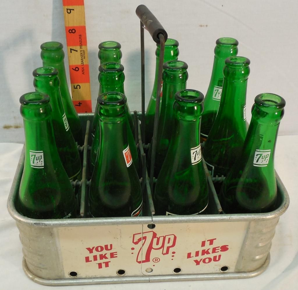 7-Up Metal Carrier with 12 bottles