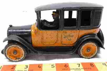 Arcade Cast-Iron Yellow Cab
