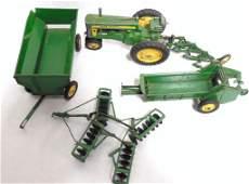 Lot of 5 John Deere Toys Tractor / Wagon / Manure