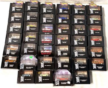 lot of 40 '98 Hot Wheels Collectibles in black box