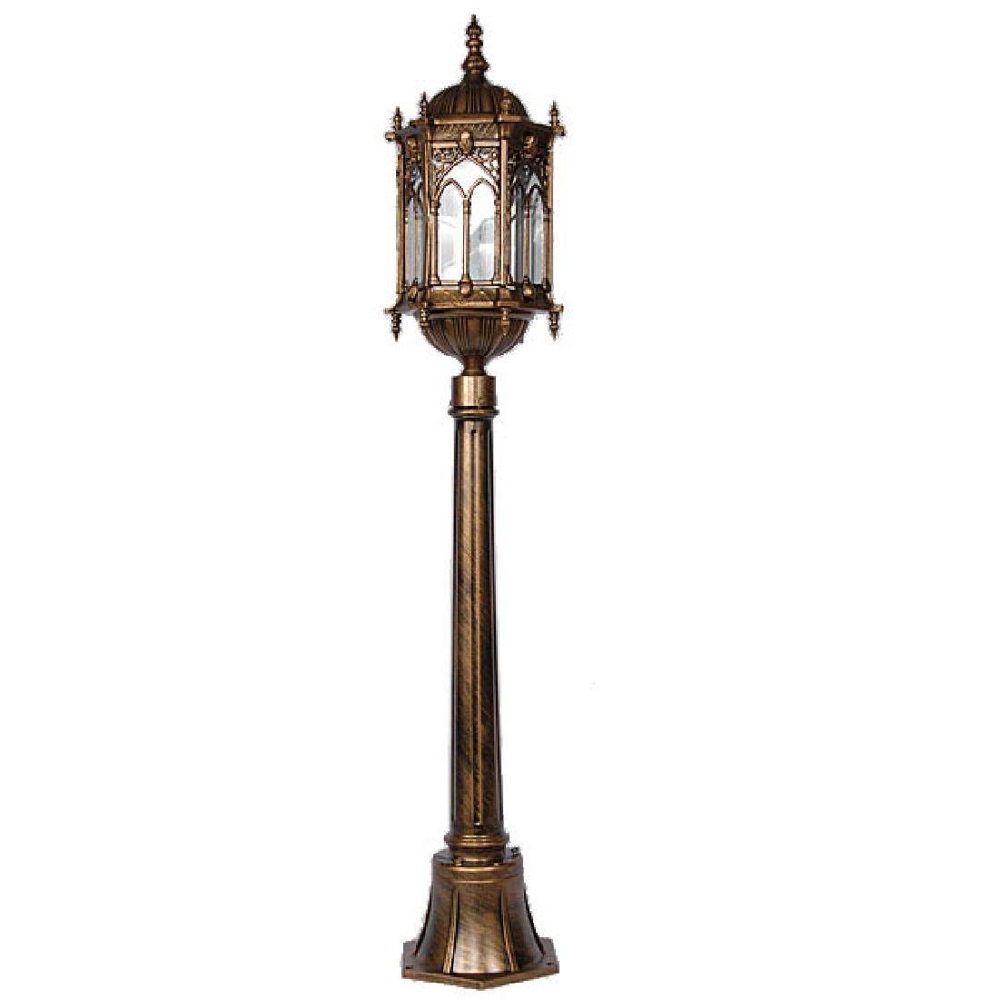 Gothic Grassland Lamp