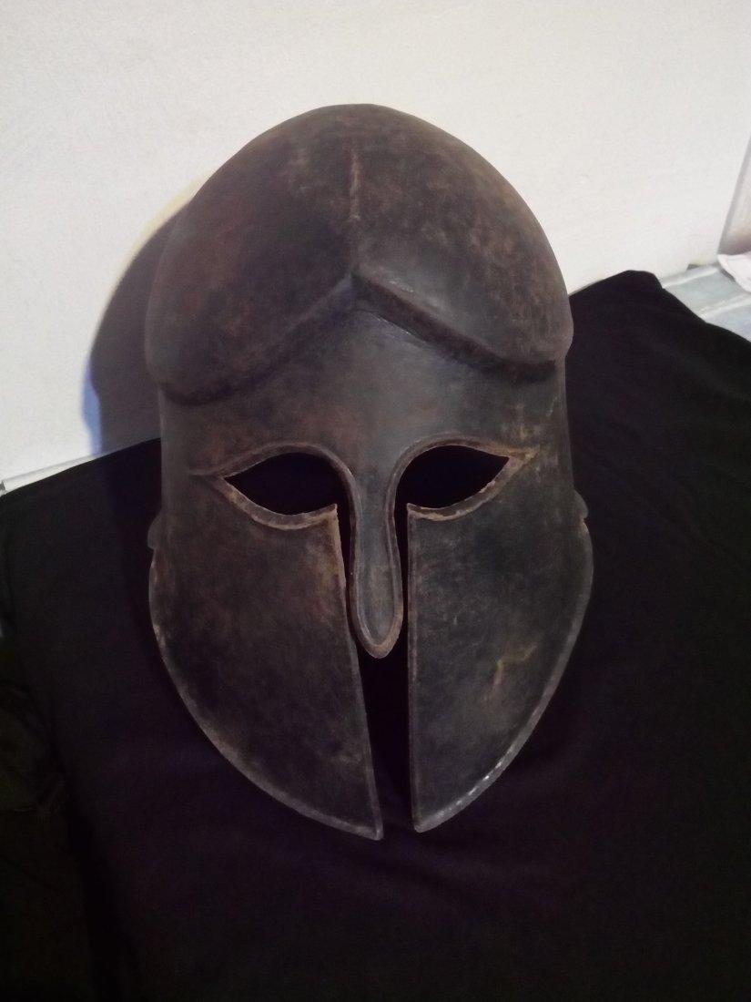 bronze helmet 4-5 B.C.