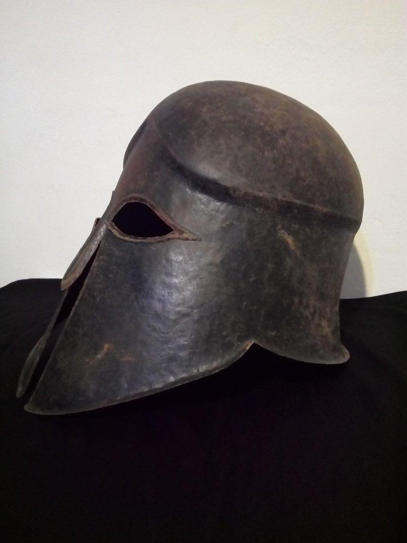 bronze helmet 4-5 B.C. - 2