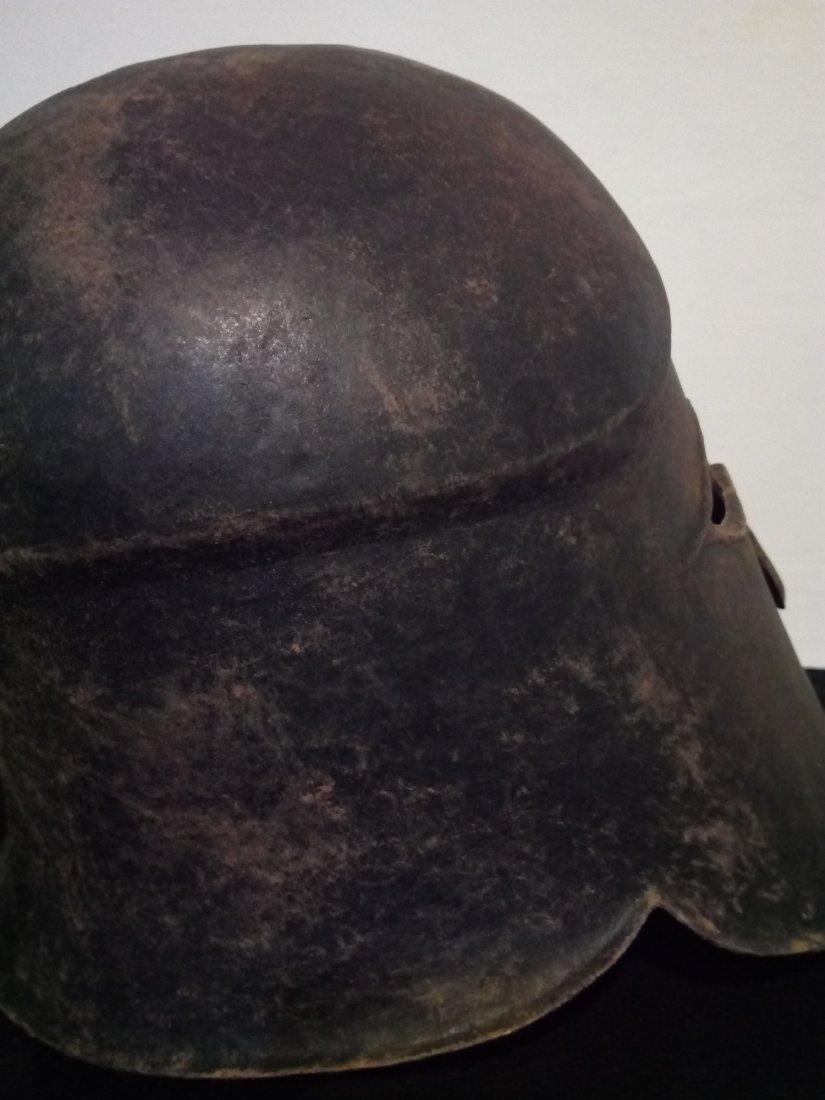 bronze helmet 4-5 B.C. - 5