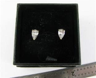 Ladies 14K White Gold Cubic zirconia Pierced Earrings