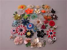 Generous Lot of 1960s Painted Flower Brooches