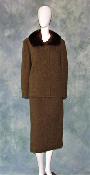 Vintage Green Wool 2 Piece Suit w/ Fur Collar