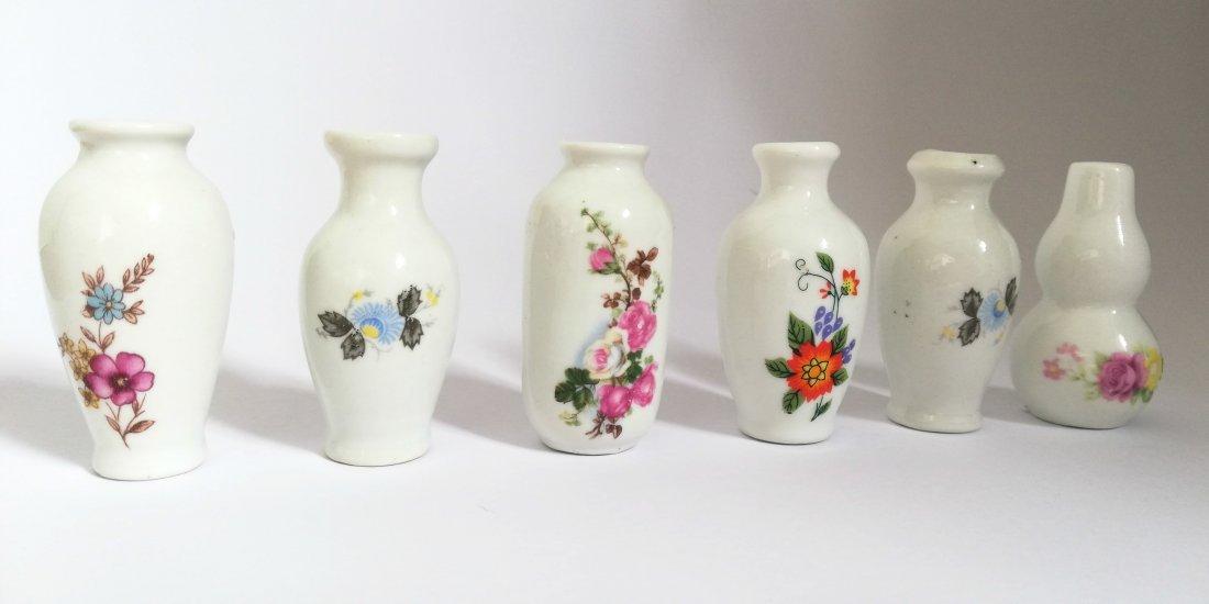 Lot antique miniature vases