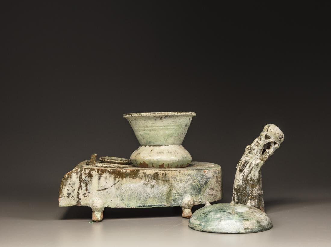 A Chinese green-glazed pottery stove with a dragon - 8