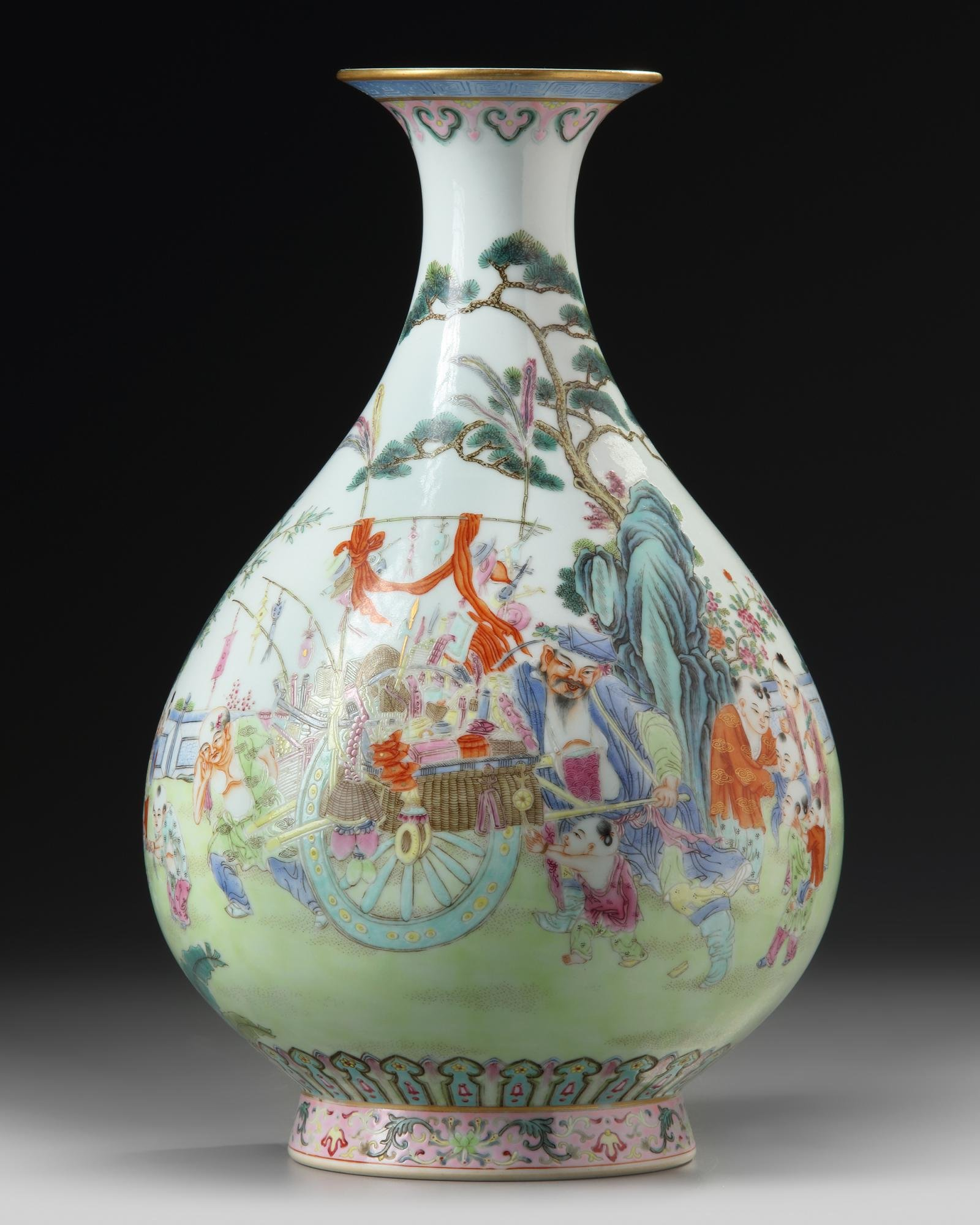 A CHINESE FAMILLE ROSE 'BOYS' VASE, CHINA, QING DYNASTY