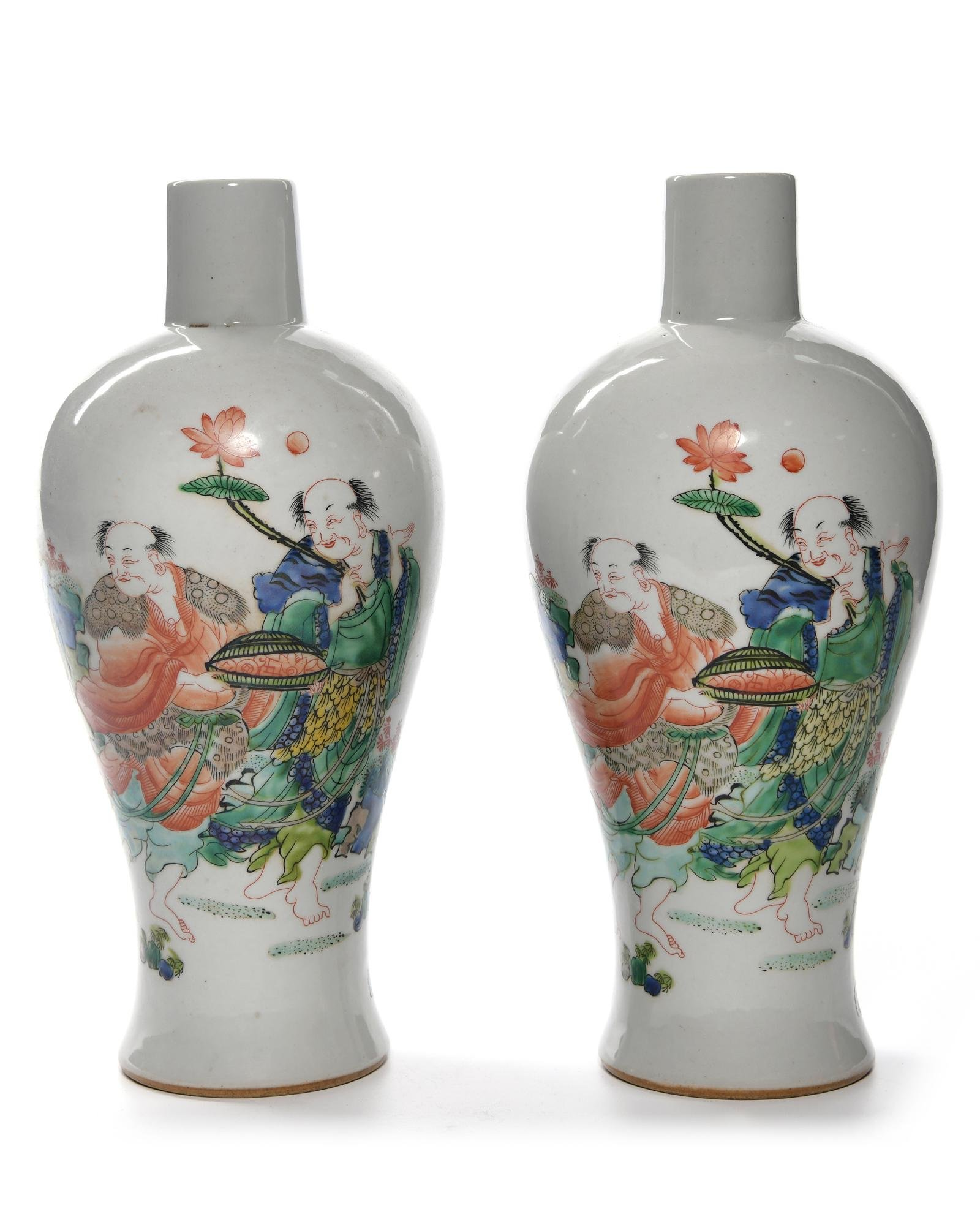 A PAIR OF CHINESE FAMILLE VERTE VASES, CHINA, 19TH-20TH
