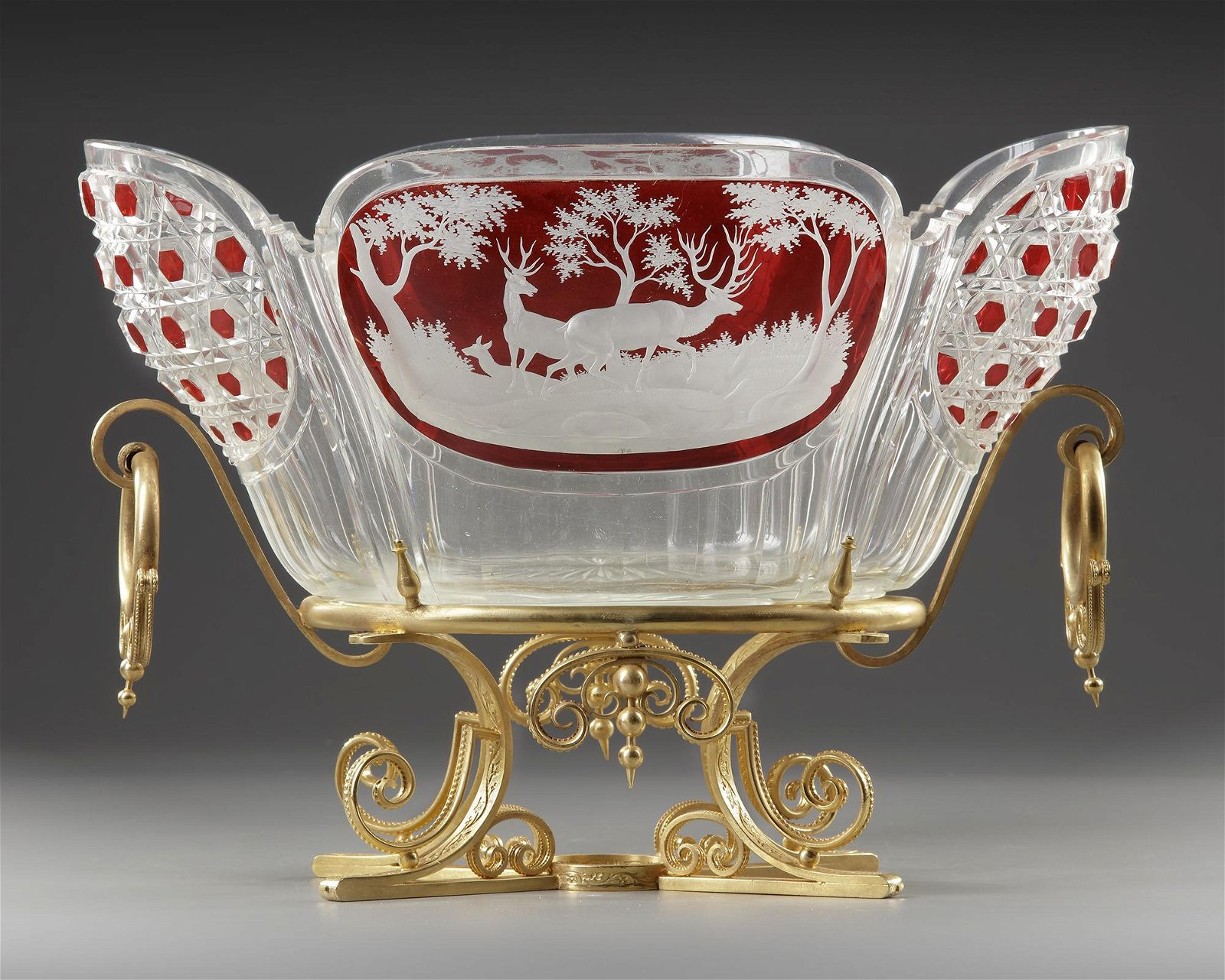 A CRYSTAL CUP, LATE 19TH CENTURY