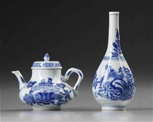 A SMALL CHINESE BLUE AND WHITE VASE AND TEAPOT WITH