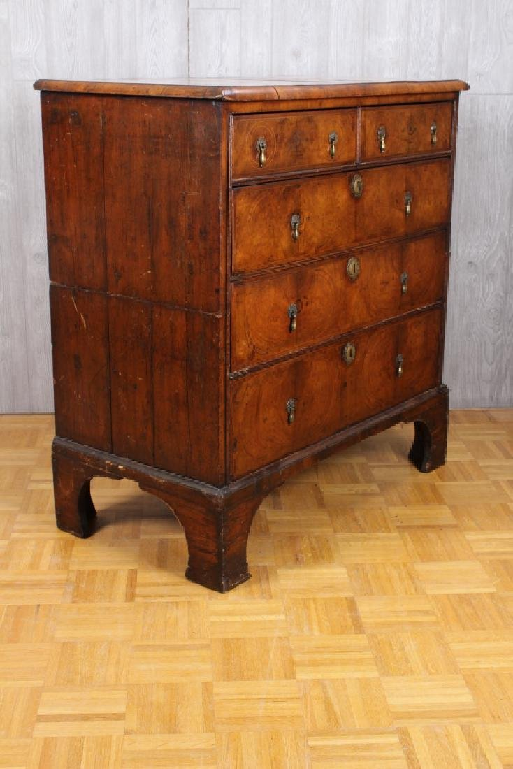 18th Century English chest of drawers - 4
