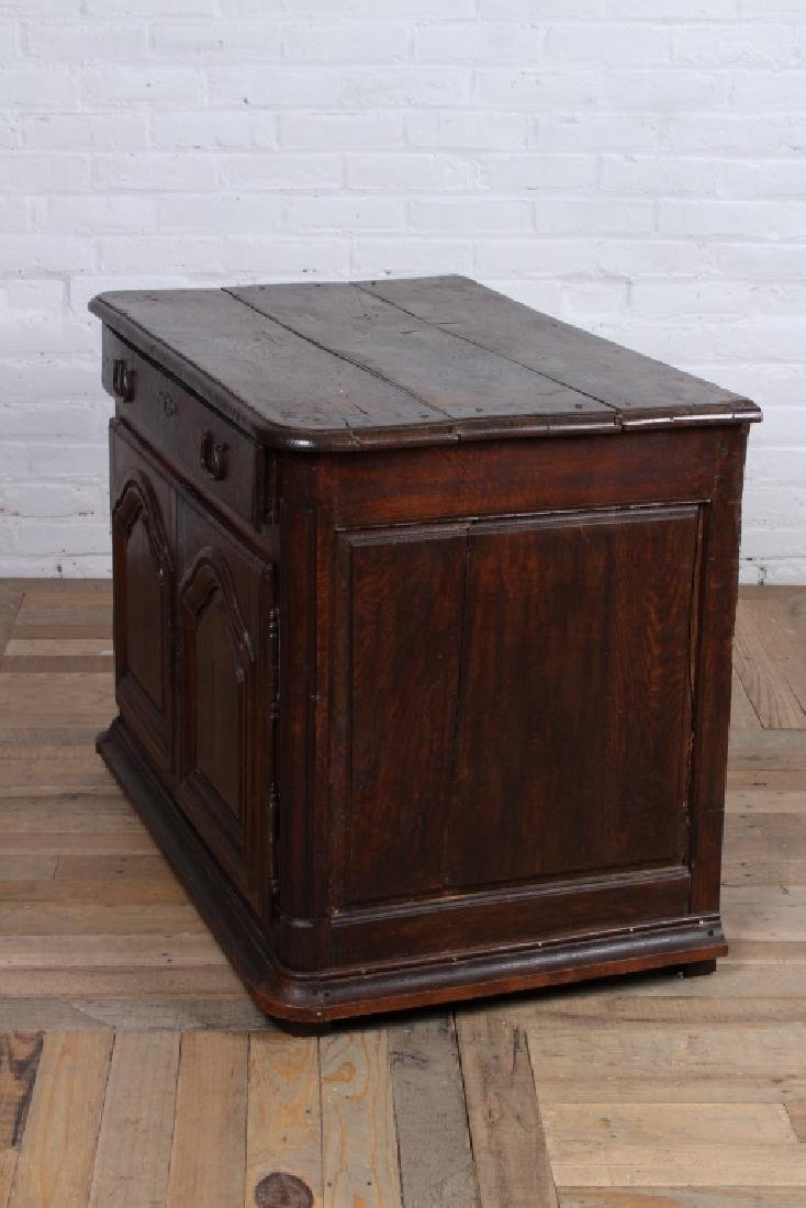 18th Century French Cabinet - 6