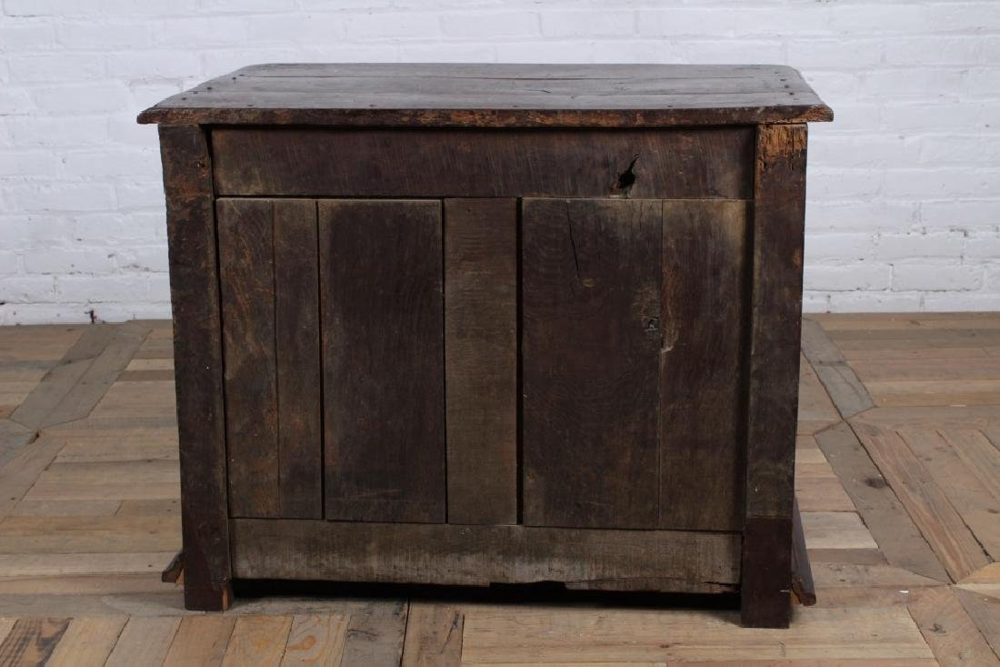 18th Century French Cabinet - 7