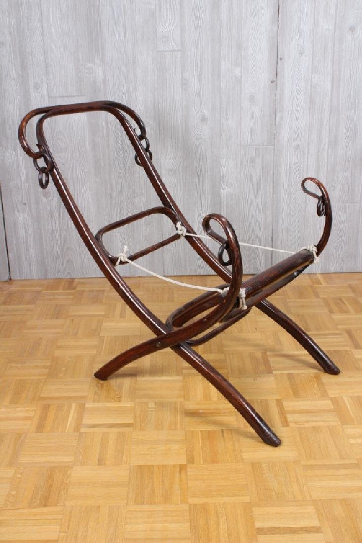 Rare Thonet Bent Wood Folding Lounge Chair