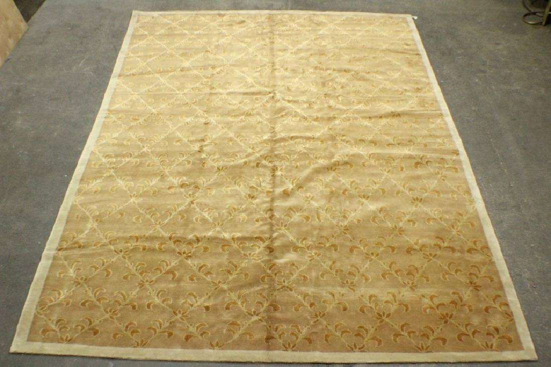 "Modern Design Wool and Silk Rug 13'6"" x 10'"
