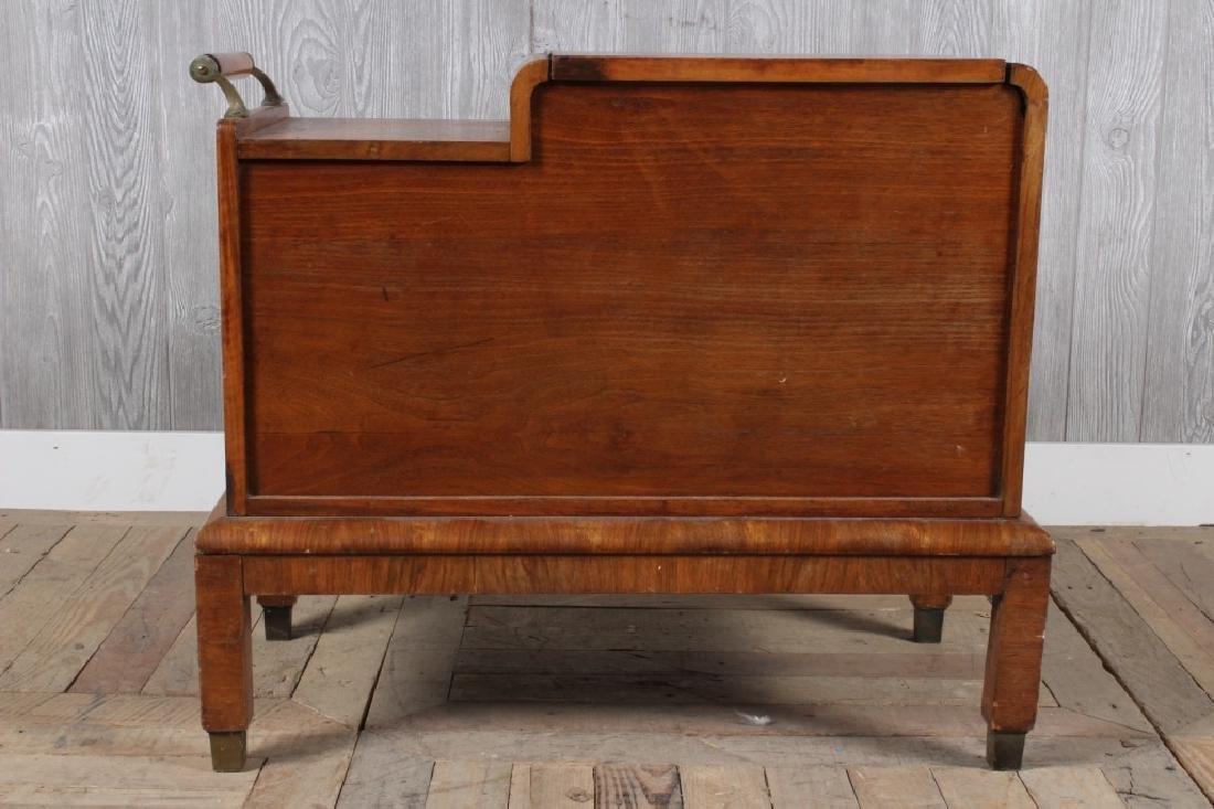 Art Deco Bar - 4