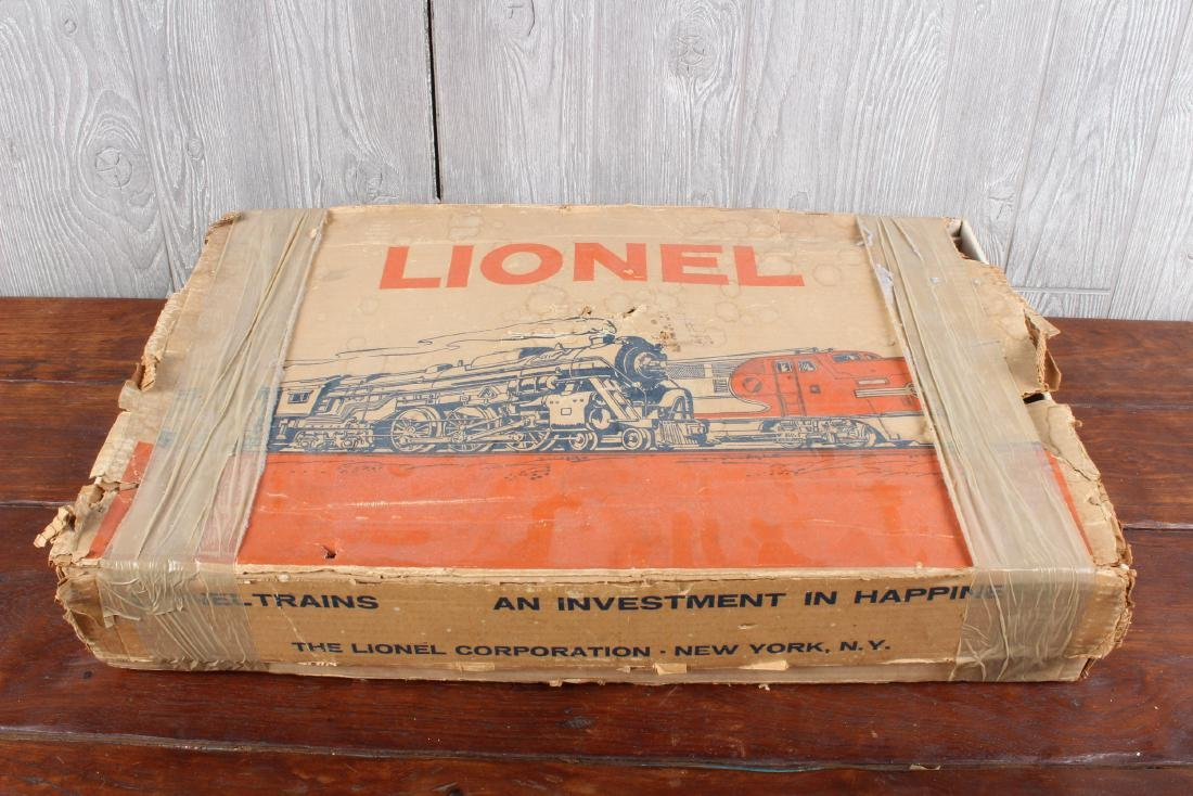 Vintage Boxed Lionel Train Set