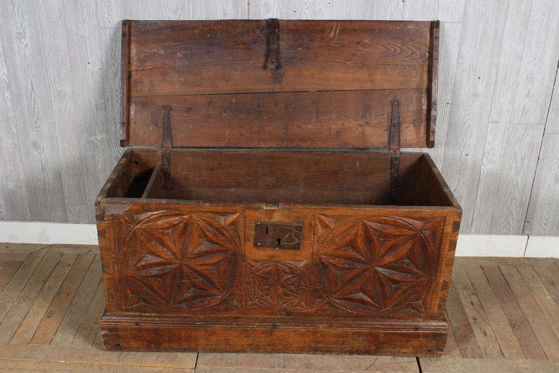 Chip Carved Anglo Indian Chest - 3