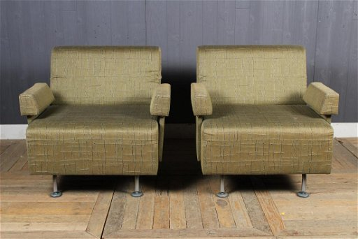 Wondrous Pair Modern Club Chairs By Metro For Steelcase Dailytribune Chair Design For Home Dailytribuneorg
