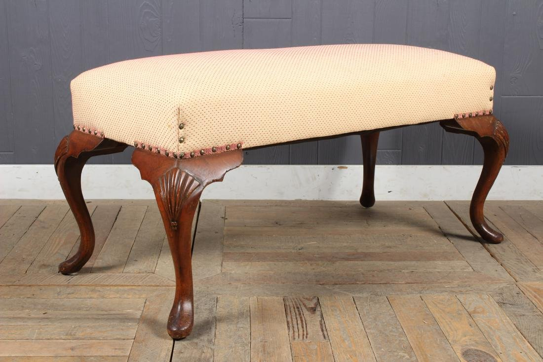 Queen Anne Style Upholstered Bench